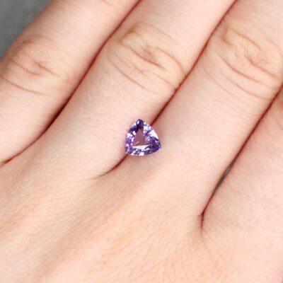 1.32 ct pinkish purple trilliant sapphire