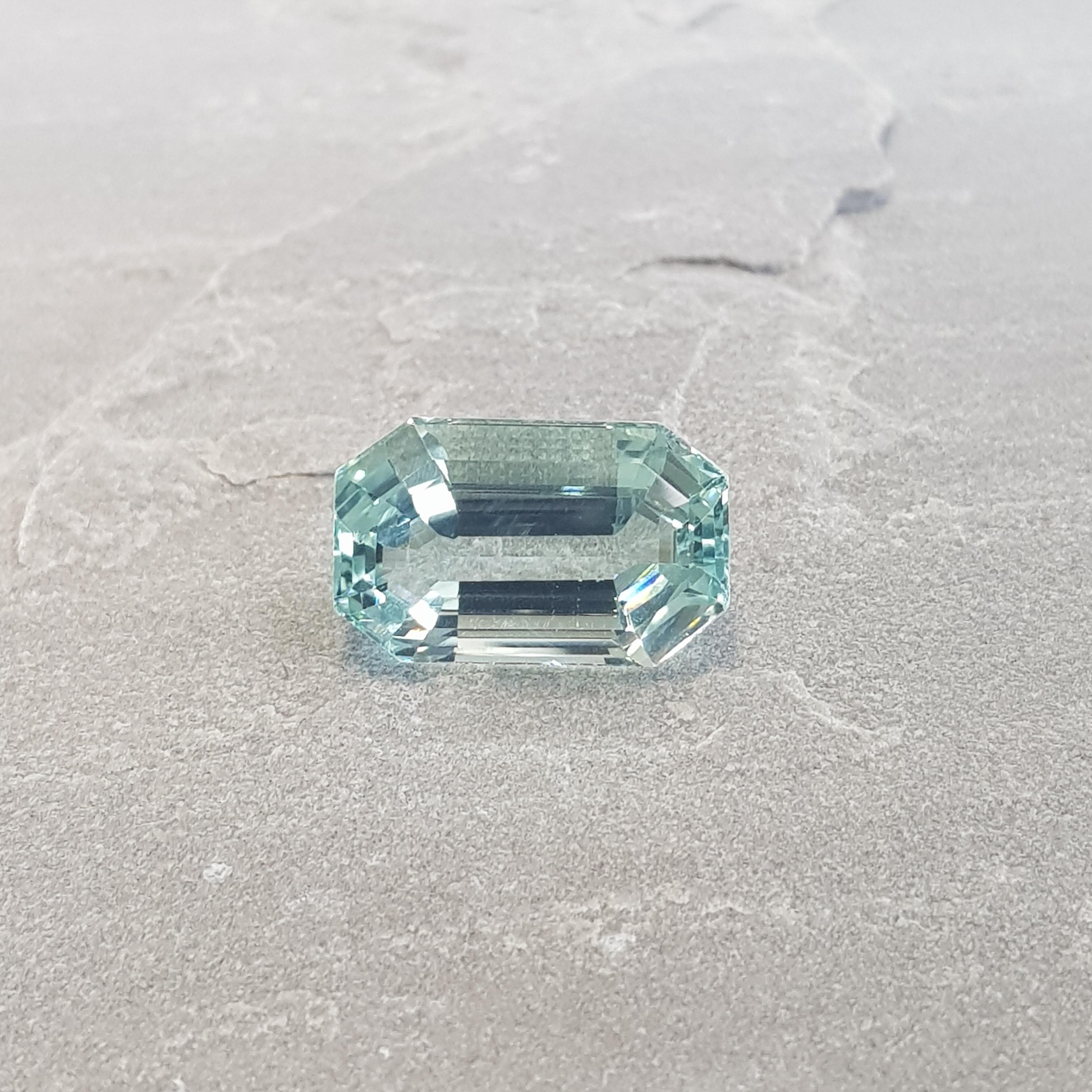 22.20 ct octagon aquamarine