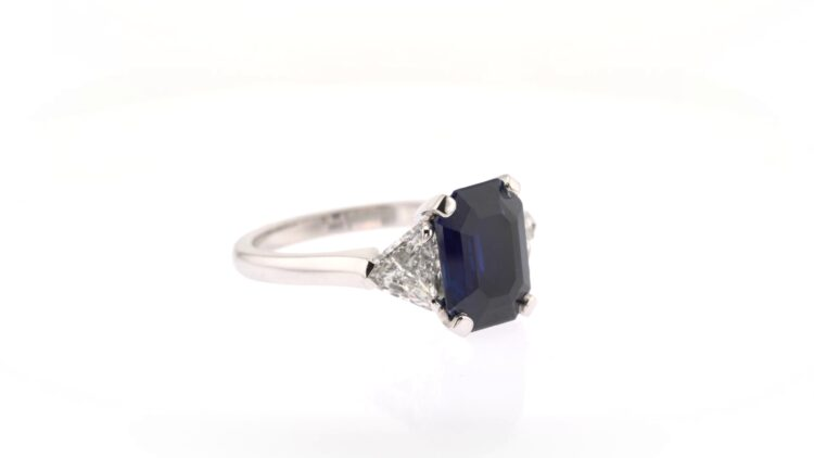sapphire and diamond white gold engagement ring