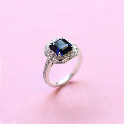 deco royal blue sapphire and diamond ring set in white gold
