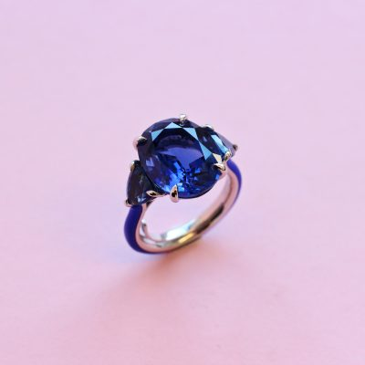 monochrome sapphire, platinum and ceramic ring