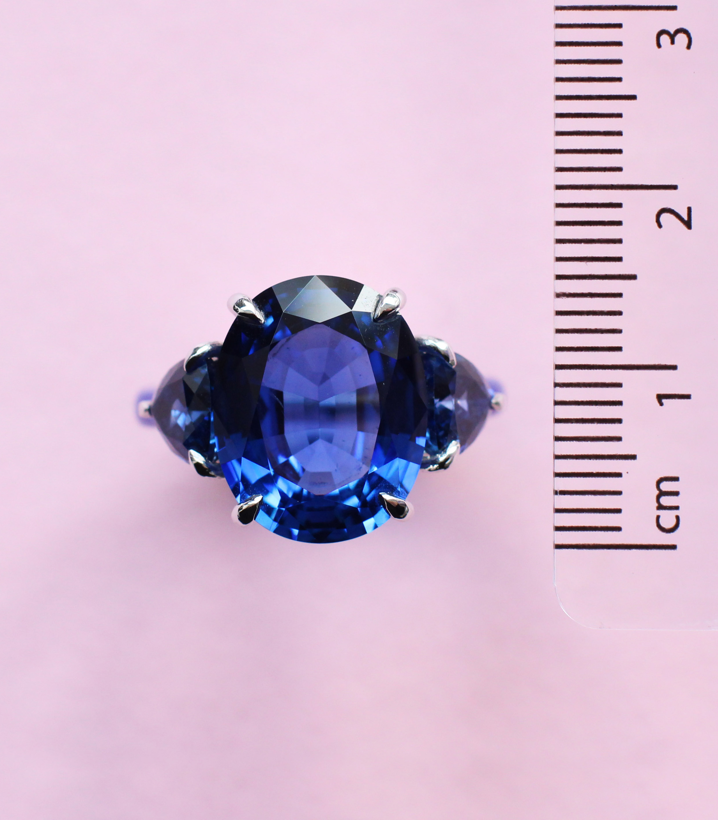monochrome sapphire, platinum and ceramic ring