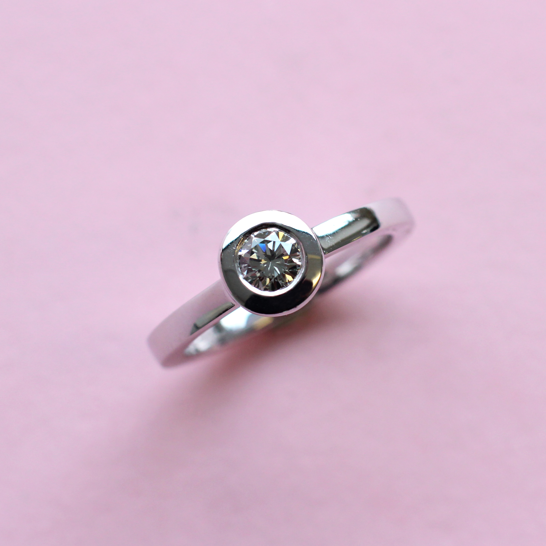 gray round diamond and white gold stacking ring