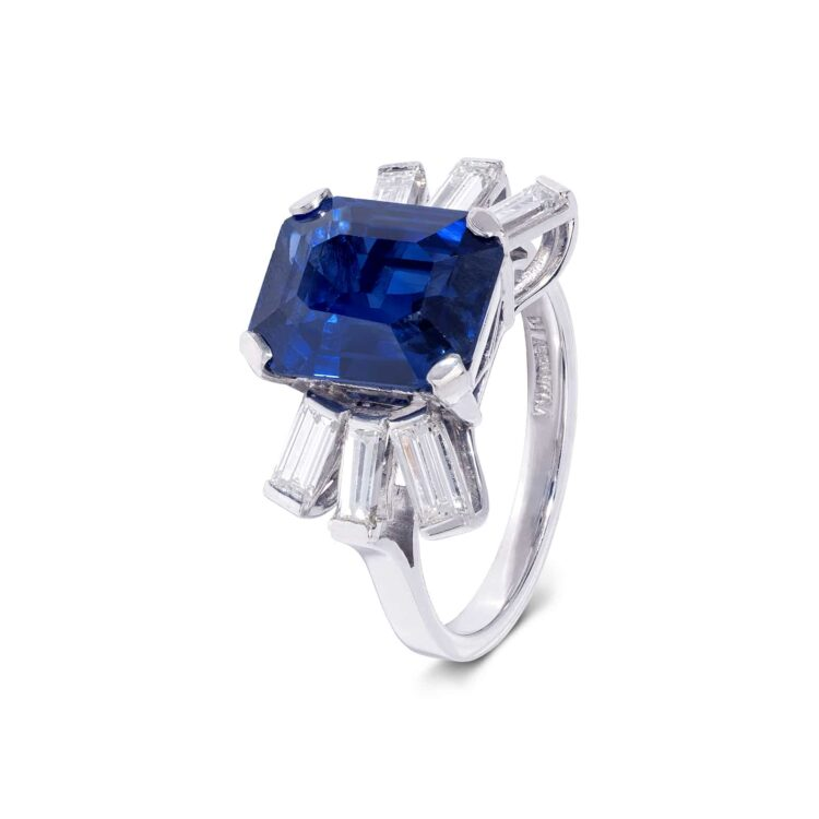 extraordinary sapphire and white diamond ring