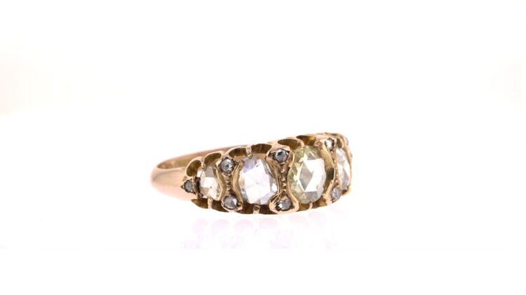 vintage-style mixed diamond and rose gold ring