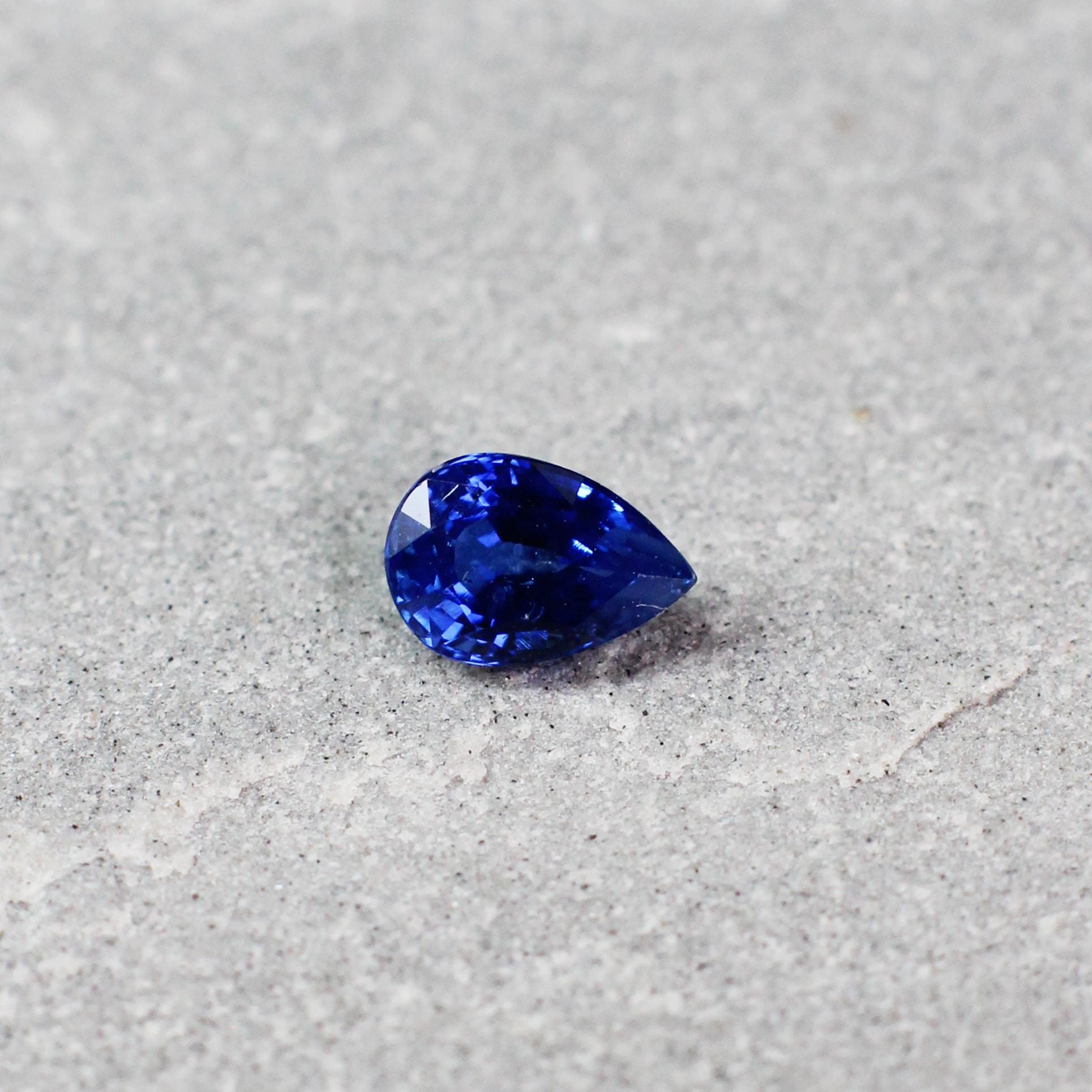 0.59 ct blue pear shape sapphire