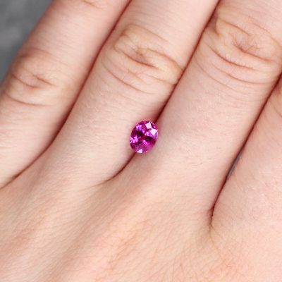 1.07 ct pinkish red oval ruby