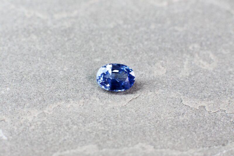 1.09 ct blue oval sapphire