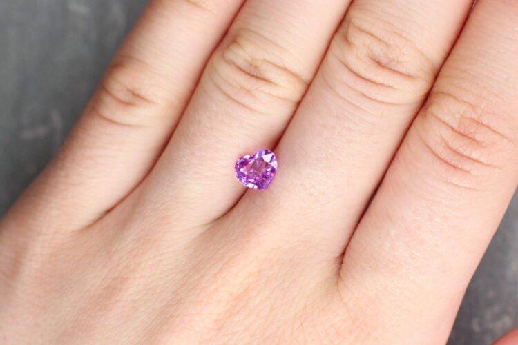 1.30 ct pink heart shape sapphire