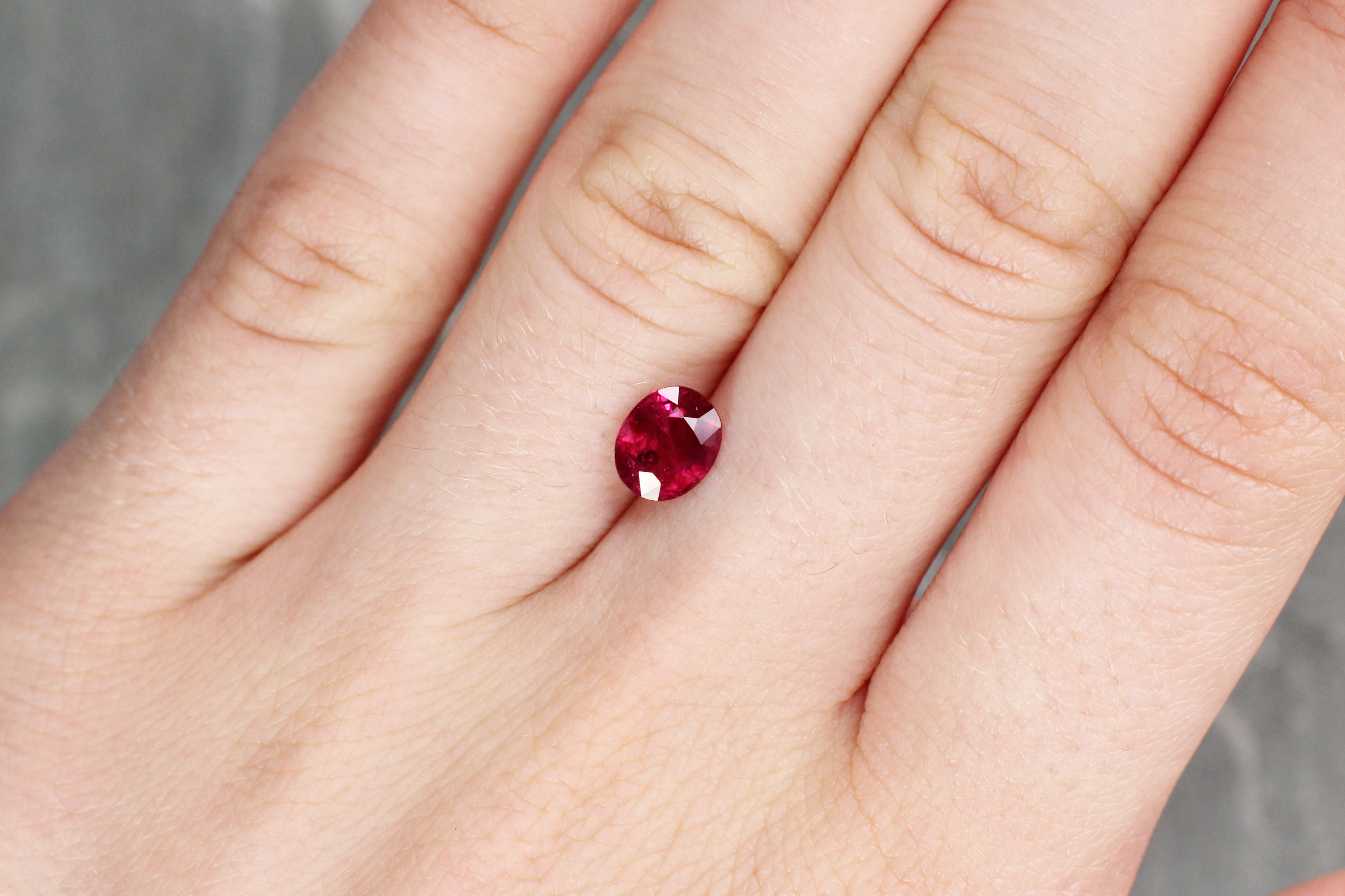 1.33 ct red oval ruby