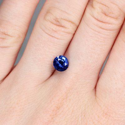 1.40 ct blue round sapphire