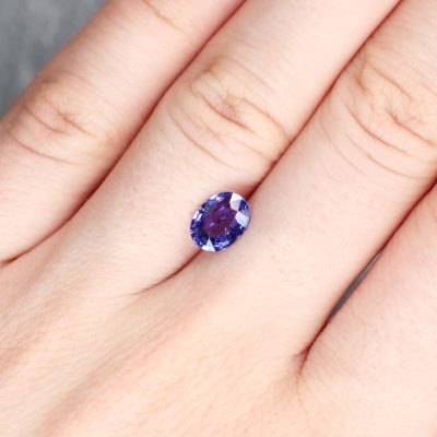 1.40 ct purple oval sapphire