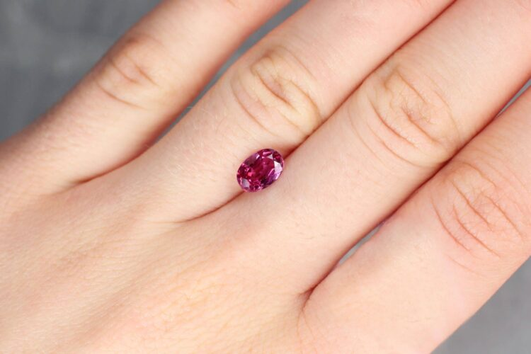 1.40 ct red oval ruby