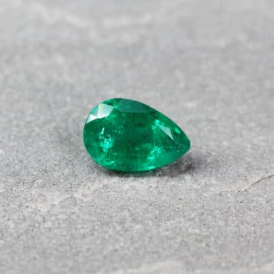 1.41 ct green pear shape emerald