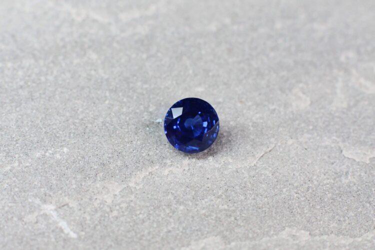 1.49 ct blue round sapphire
