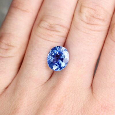 5.10 ct blue oval sapphire
