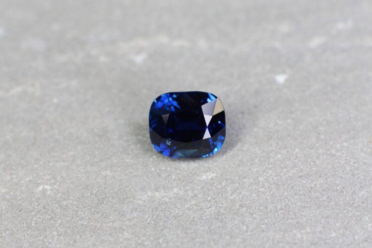 5.55 ct royal blue cushion sapphire