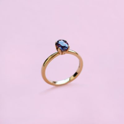 blossom solitaire ring – purple sapphire and 18k yellow gold