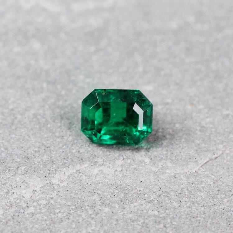 1.53 ct green octagon emerald