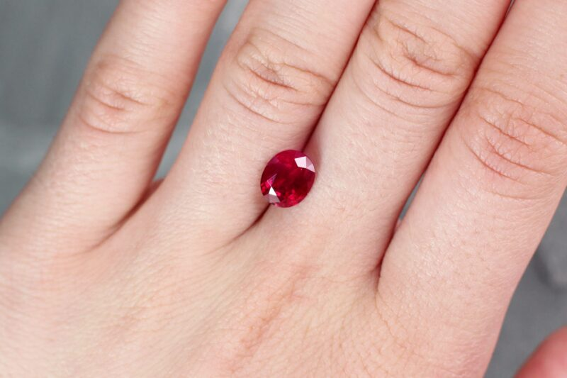 2.41 ct red oval ruby