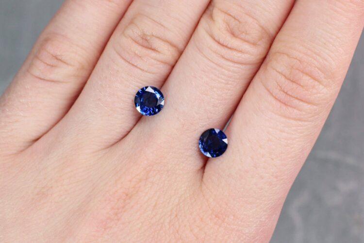 2.19 ct blue round sapphire