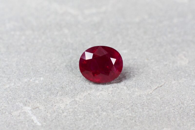 2.61 ct red oval ruby