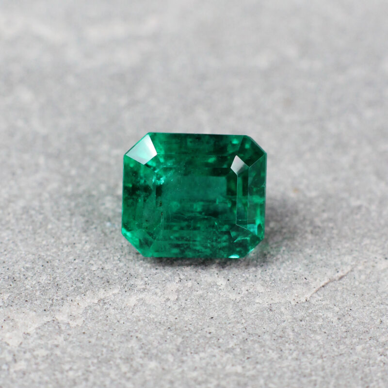 2.8 ct green octagon emerald