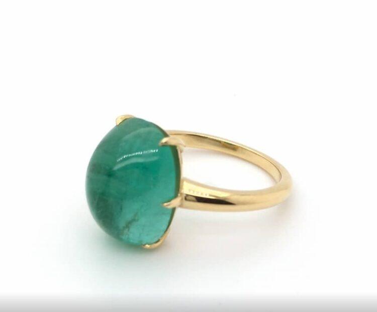 cabochon emerald claw set ring
