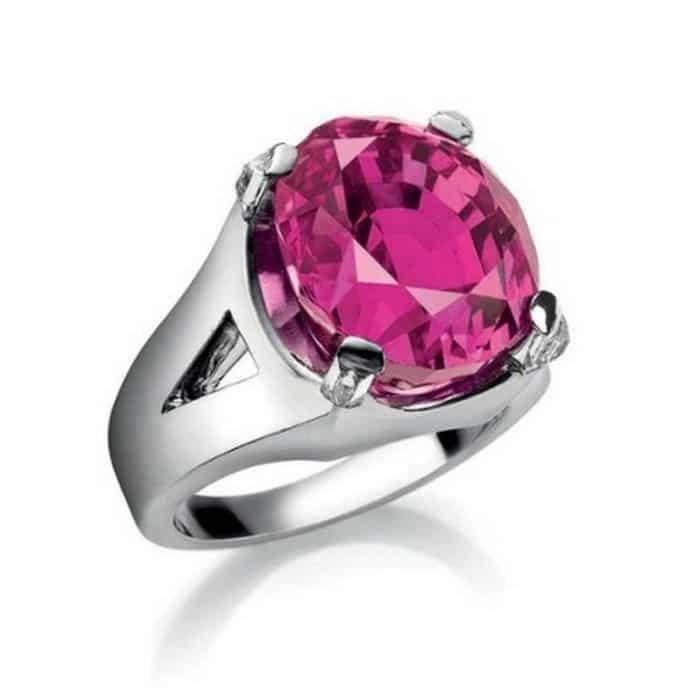 23.66_carat_burmese_ruby_and_diamond_ring.jpg