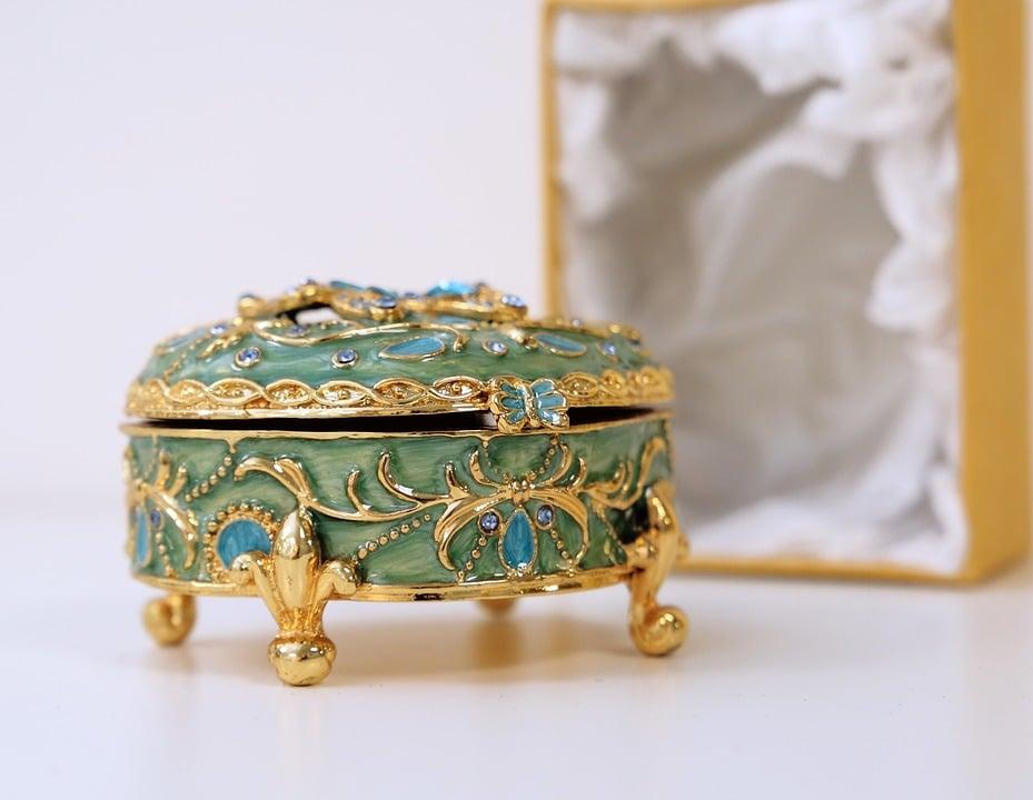 Haruni Old Jewel Box