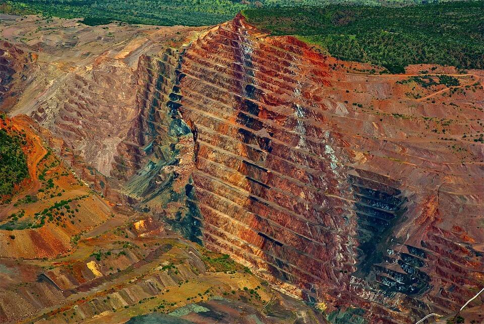Lucara-Diamond-Corp.-launches-Clara-platform-Recovers-472-carat-diamond-in-Botswana-mine1234