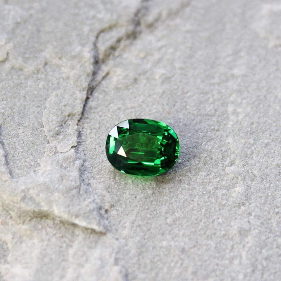 haruni fine gems emeralds green
