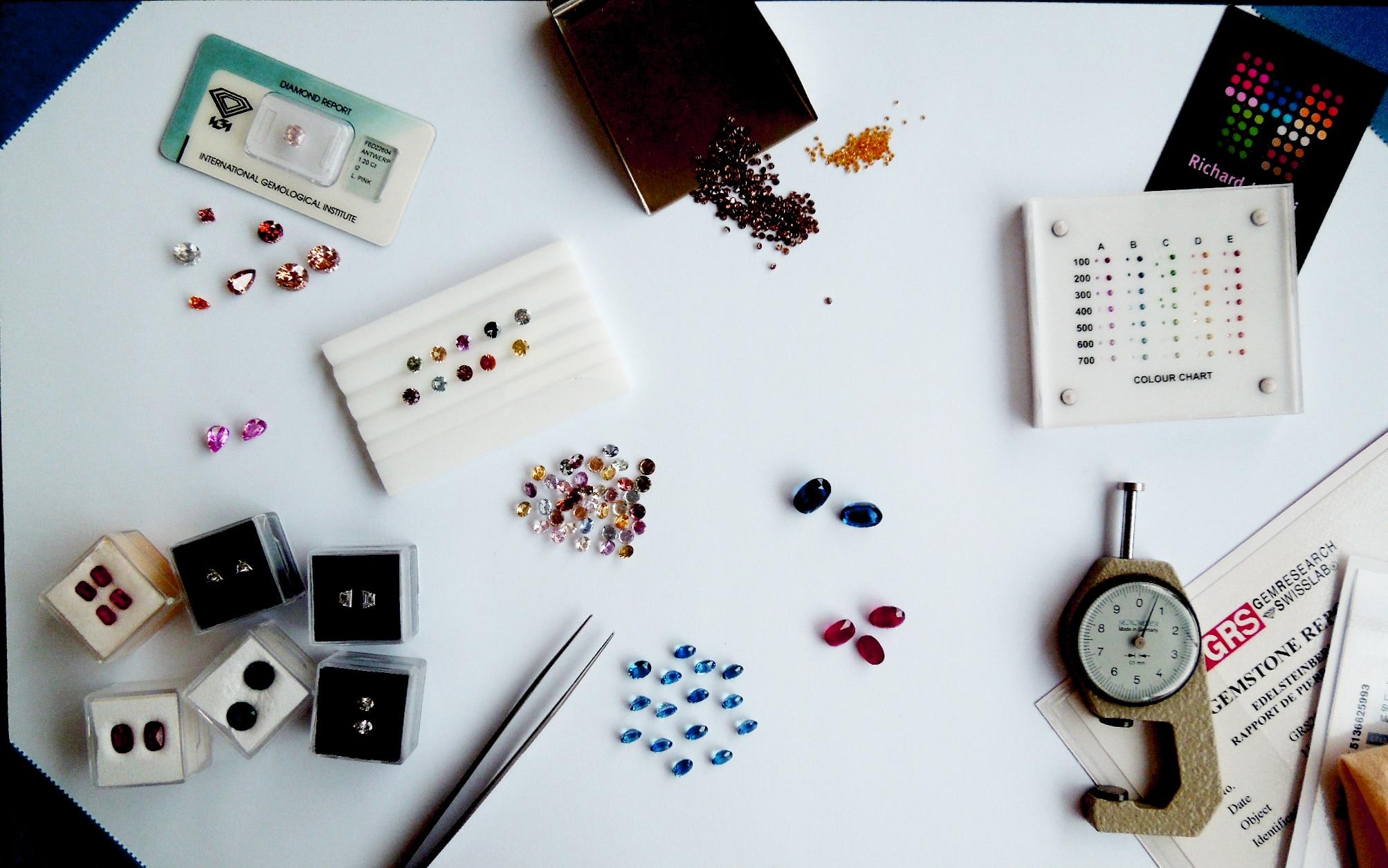 Investing In Coloured Gemstones Even in a Volatile Market