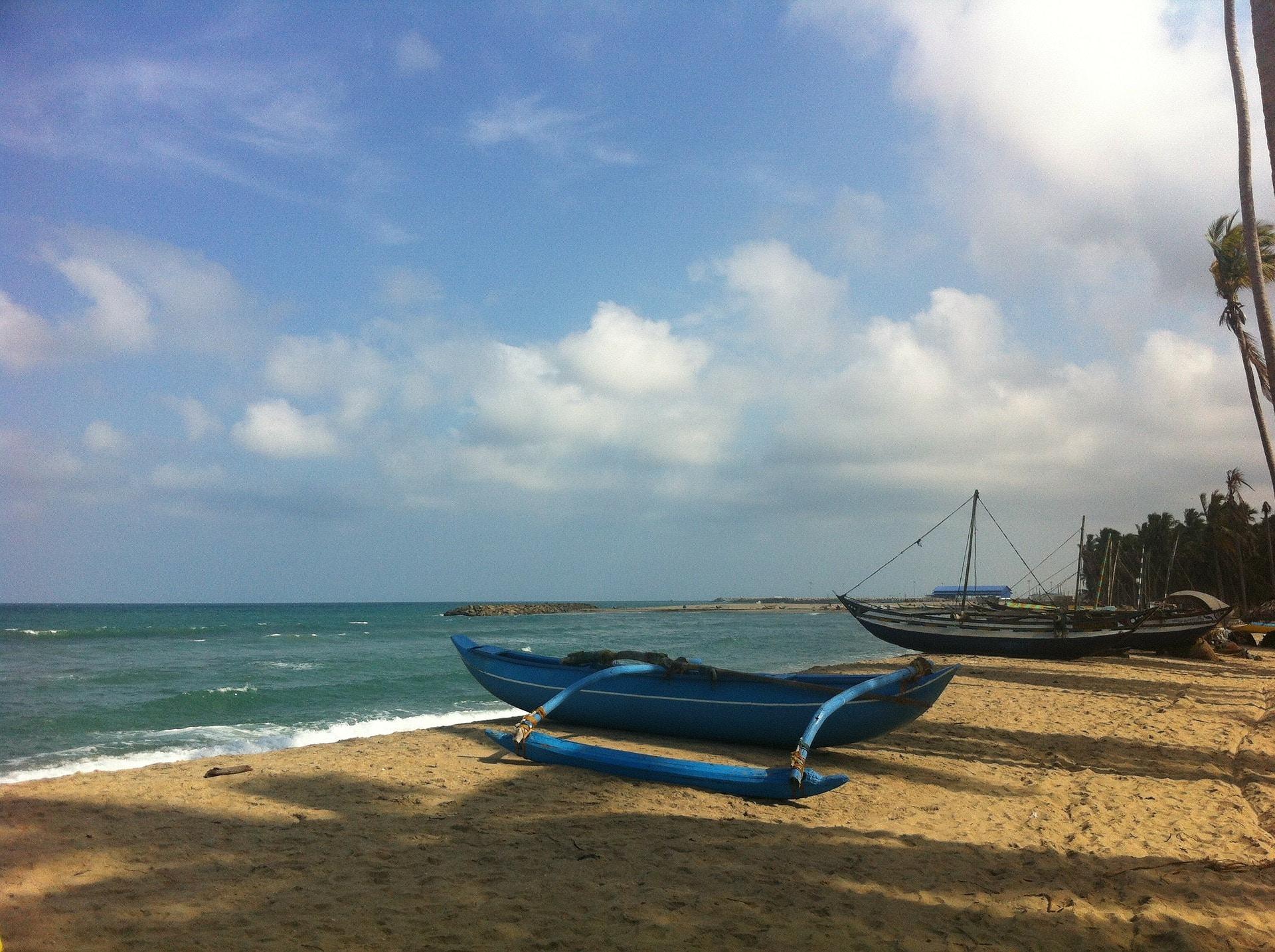 eastern-coastal-beach-176161_1920.jpg