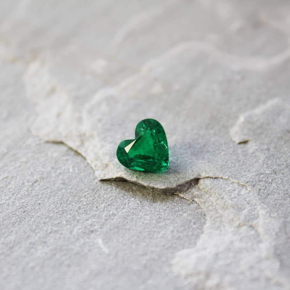 heart shaped emerald haruni
