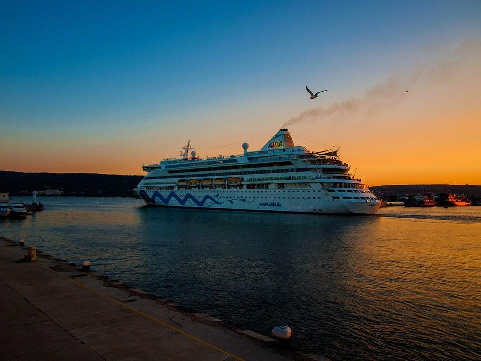 Scam 8:  Cruise Gem Scam